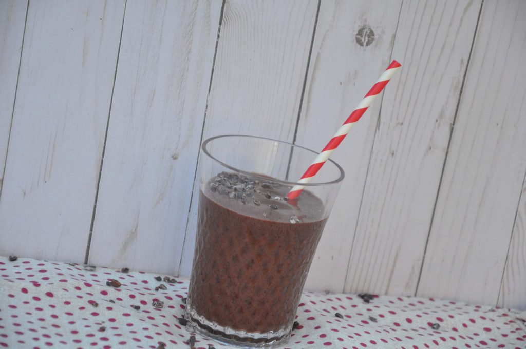 healthy chocolate covered cherry smoothie #paleo #vegan #valentinesDay #pegan #cherry #chocolate
